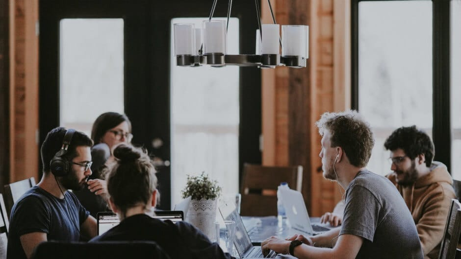 3 Ways to Build a Productive & Healthy Startup Culture