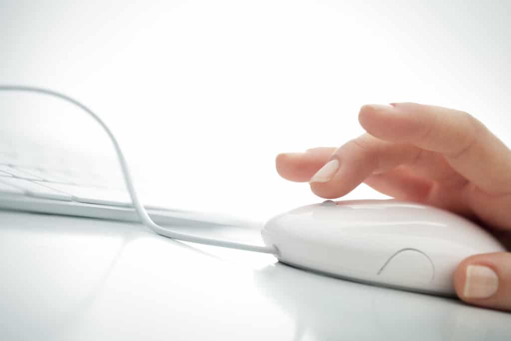 hand clicks on a mouse button